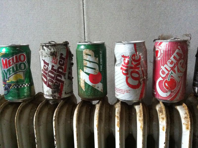 We found a load of retro drinks cans within the the rubbish of a hanger so lined them up for some nostalgia